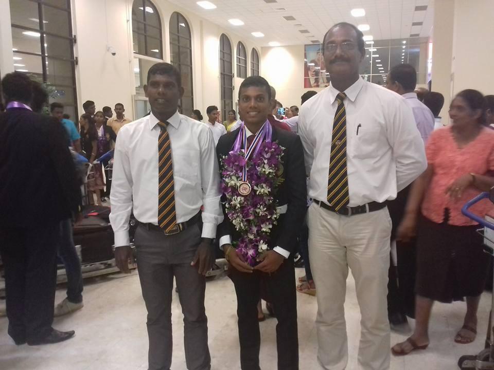 Mahinda College hurdler Navodya Sankalpa won bronze medal at second Asian Youth Athletics Championship